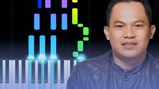 Pelajari cara bermain Lamar Aku dari Wali pada piano dengan TUTORIAL Piano Synthesia ini! Selalu ada Video baru ya! Jadi jangan lupa LIKE, SUBSCRIBE, ...