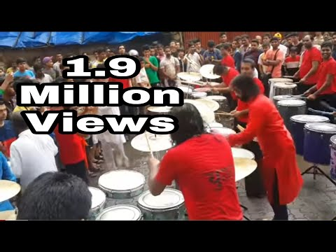 Khetwadi cha raja 12 lane padya pujan 2017