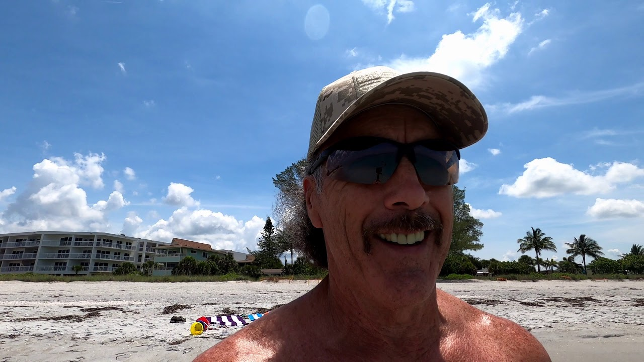 Englewood Beach Family time and a Little fishing - YouTube