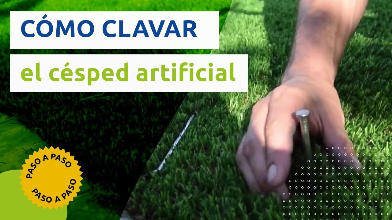 C mo clavar el c sped artificial consejos para instalar - Como se coloca el cesped artificial ...