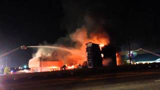 (HD) 3 Alarm Hotel Fire ~Structure Collapse~ LIVE RADIO TRAFFIC
