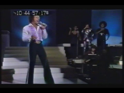 Tom Jones sings  Rock n Roll Medley   1974