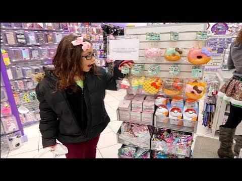 NEW LICENSED SQUISHIES AT CLAIRE'S!!! VLOG