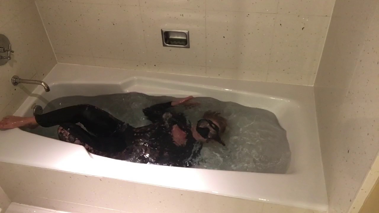 trinamason trying to relax & practice underwater hot bath with ...
