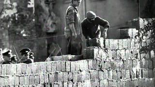 Origen y caida del muro de Berlin. resumen