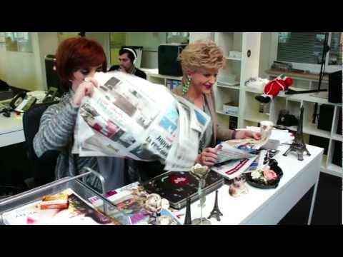 La revue de presse de Catherine et Liliane -  Problème de journal (Making Of)