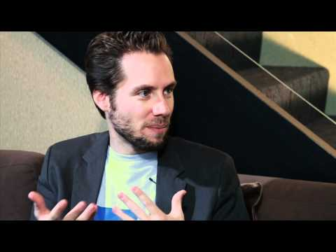 Patricia Brusha interviews Trend Hunter's Jeremy Gutsche at Online Revealed 2010 (Part 1)