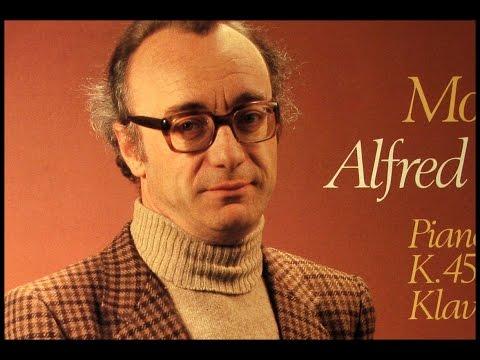 Mozart / Alfred Brendel, 1979: Piano Concerto No. 15 in B Flat, KV 450 - Marriner