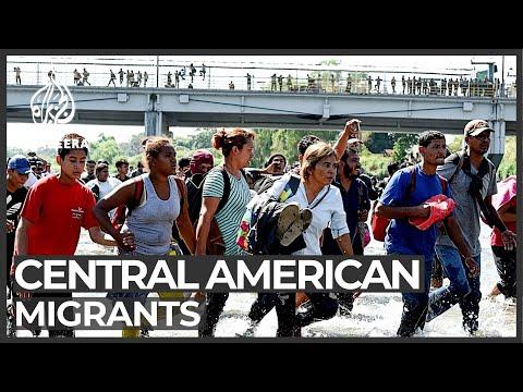 chaos-at-guatemala-mexico-border-as-caravan-tries-to-advance