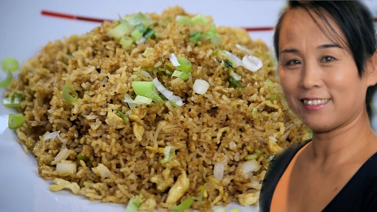 Download Chinese Egg Fried Rice (Chinese Style Cooking Recipe)