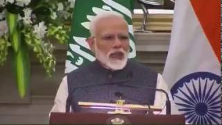 شاهد.. رئيس وزراء الهند يرحب بولي العهد باللغة العربية.. وهذا رد فعل الأمير محمد بن سلمان