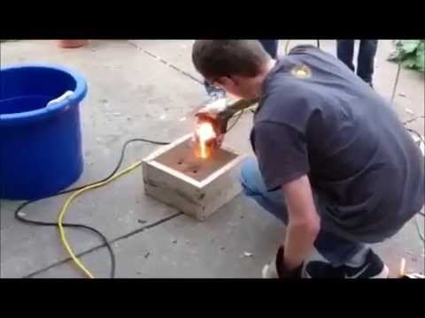 DIY Electric Arc Furnace Melting Copper and Iron - YouTube