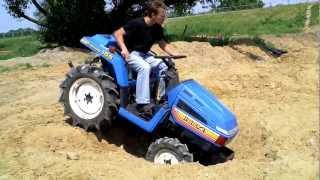 ISEKI TU155 mini traktorek-ciągniczek ogrodniczy.TRAKTOREK JAPOŃSKI. www.traktorki-japonskie.waw.pl