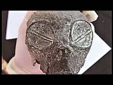 10 Historical Ancient Alien Artifacts