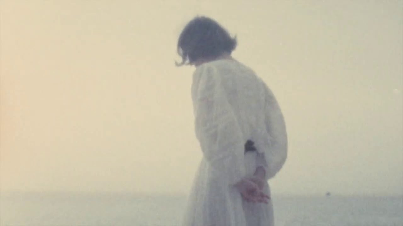 Ghostly Kisses - J'ai demandé à la lune ft. Louis-Étienne Santais