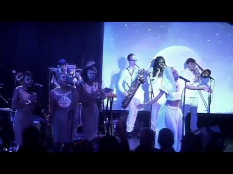 Lady Moon & The Eclipse - Augmented (live at le poisson rouge)