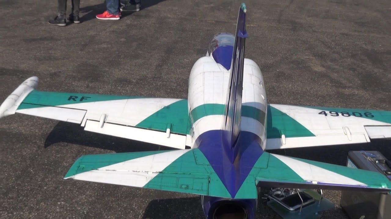 Russian Aerobatic Team (pycb) L-39 Albatros Turbine Scale RC Jet
