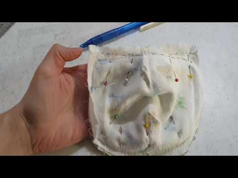 how-to-sew-a-face-mask-for-children-with-children-cotton-handkerchief-|-cubrebocas-para-niños