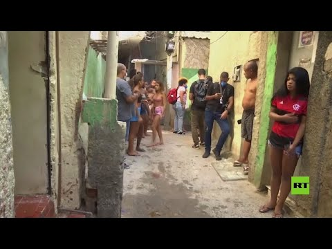 مشاهد من فافيلا ريو دي جانييرو بعد عملية الشرطة البرازيلية خلفت عشرات القتلى هناك  - نشر قبل 2 ساعة