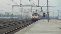 Three RAJDHANI EXPRESS For Mumbai At Full Speed