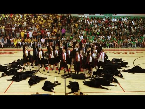 Arizona High School Dance Team Wows Crowd With Harry Potter Routine