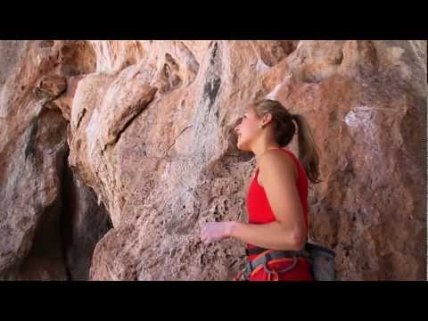 Sport Climbing Champion Sasha DiGiulian vs. Golden (5.14B)