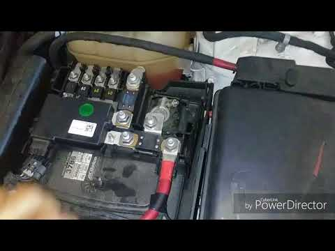 How to: Remove a Battery from a 2014 Chevrolet Malibu:: dailyshow rocks
