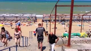 Севастополь. Пляж Учкуевка.(, 2014-06-23T11:03:08.000Z)