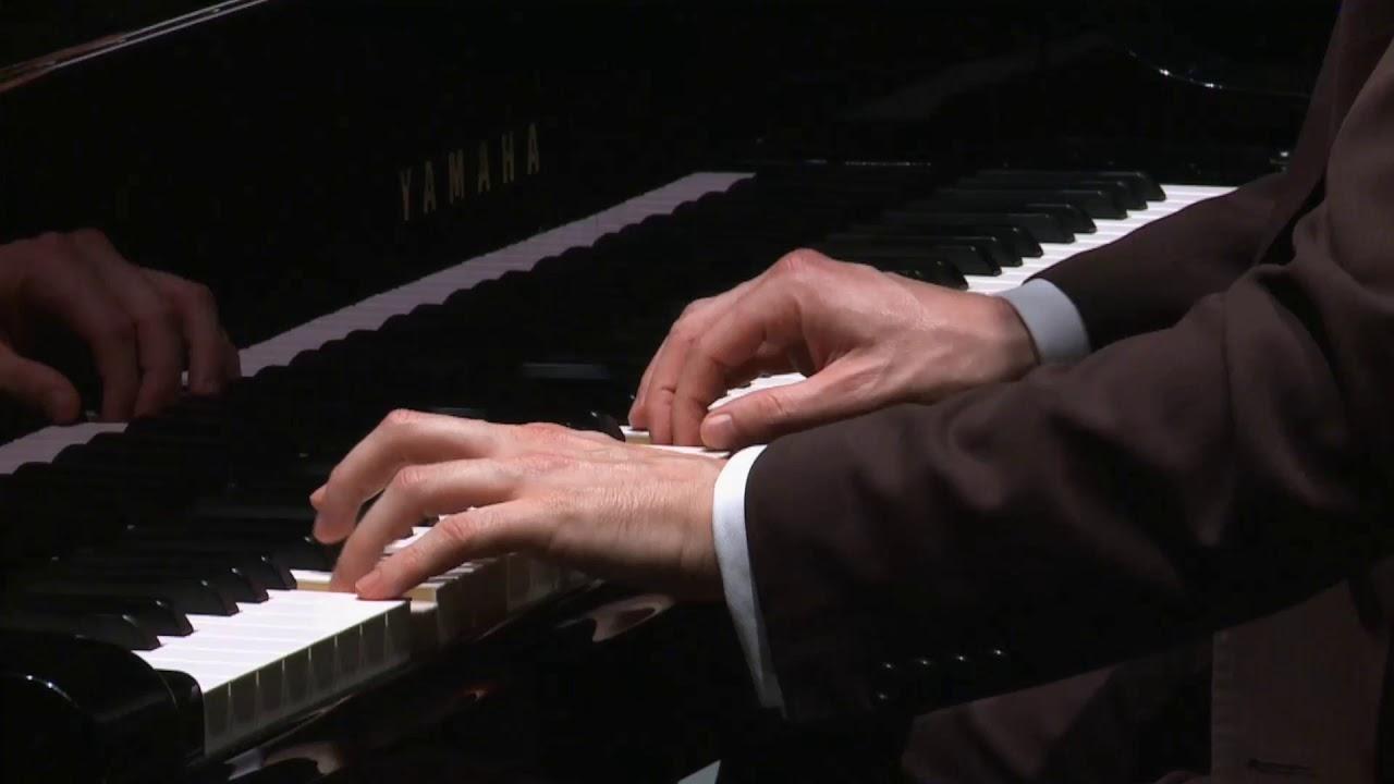 "Pablo Galdo plays Liszt ""Eroida funebre"""