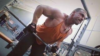 видео Тяга штанги в наклоне: правильная техника упражнения, рабочие мышцы