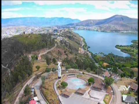 Ecuador desde el Aire - Monumento a San Miguel Arcángel de Ibarra