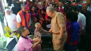 PM Najib arrives in Penang to visit flood-hit areas