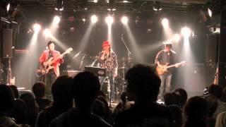 2014年5月25日 秋葉原GOODMANで行われた、ライブより。 Huey Lewis & Th...