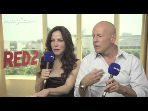 Bruce Willis Gives Great (Talking) Head on Red 2