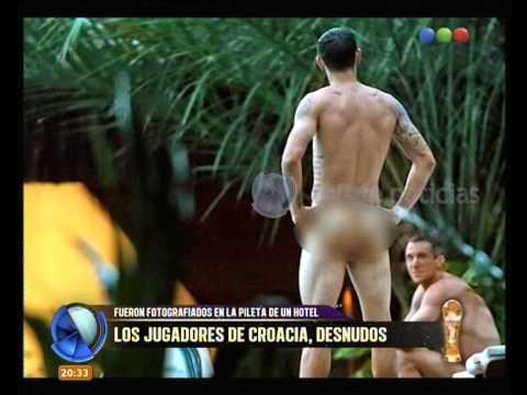 paginas de acompañantes futbolistas desnudos