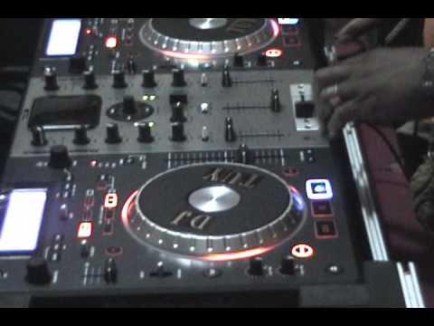 DJ TUY LIVE RADIO JOVEM BISSAU 2011.wmv