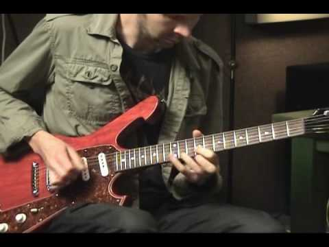 Paul Gilbert - Fuzz Universe Intro Demo and Explanation