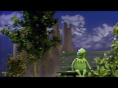 Pogo | Kermit Clouds (Sesame Street Remix)