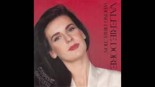 """Valerie Dore – """"Wrong Direction"""" (instrumental) (Italy EMI) 1988"""