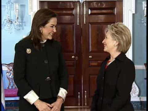 Secretary Clinton Welcomes Greek Foreign Minister