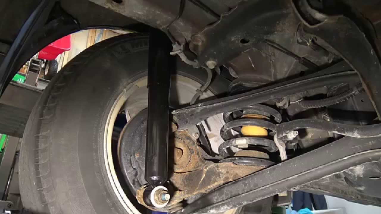 2001-2012 Ford Escape  Rear Shock Replacement Procedure