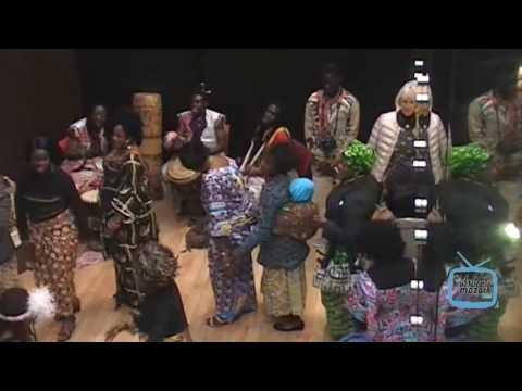 """Exposition de tissus artisanaux de la tribu  """"Kuba"""" de la  RDC CONGO"""