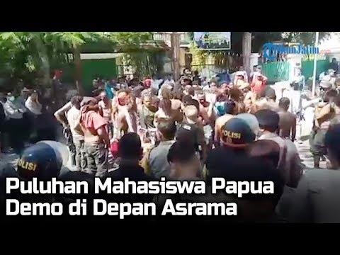 tak-kantongi-izin,-puluhan-mahasiswa-papua-demo-di-asrama-di-surabaya,-terjadi-saling-dorong