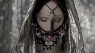 Suzanne Vega ∻ Knight moves ♦ lyrics