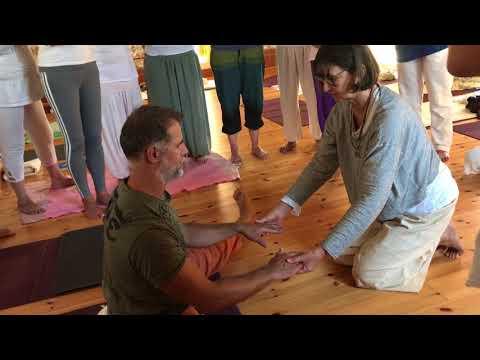 yoga-du-cachemire-avec-marie-claire-reigner---formation-tantra-yoga