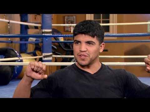 Victor Ortiz Talks Growing Up In Kansas | Mario Lopez: One On One