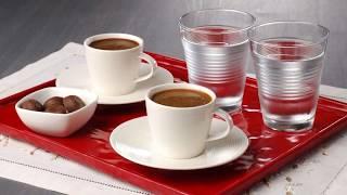 Türk Kahvesinin Yanında Neden Su İkram Edilir?