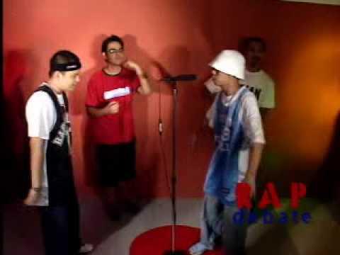 RAP BATTLE Krazykyle vs. Loonie    topic: SINONG MAS GWAPO