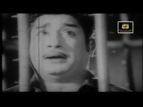 Sivaji Ganesan, Padmini & Saroja Devi - Nadhiyinil Vellam - Thenum Paalum