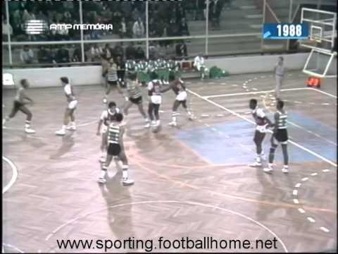 Basquetebol :: Benfica - 104 x Sporting - 77 de 1988/1989
